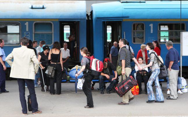 Elevii și studenții din Republica Moldova beneficiază de gratuitate pe calea ferată pe 30 noiembrie pentru a merge să voteze