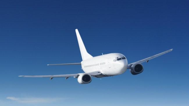 Un pasager român a murit în toaleta unui avion pe ruta Bogota-San Jose