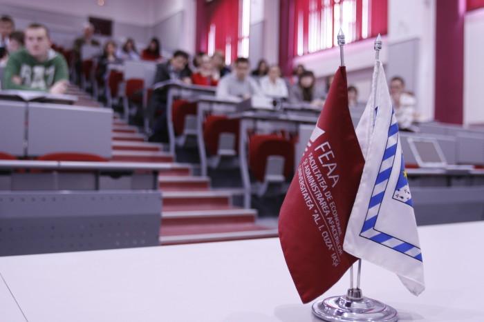 Studenții de la FEAA