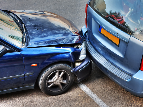 masini-accident-shutterstock