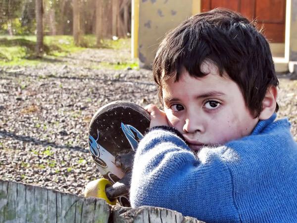 servicii sociale copii migranti